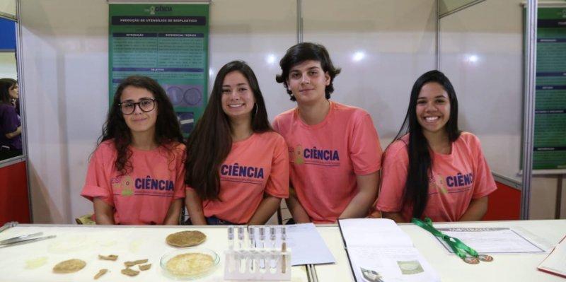 Sesi com@Ciência - Biopolímero de amido de milho