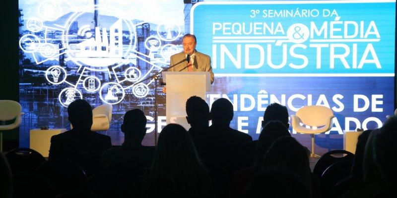 Petry palestra sobre gestão