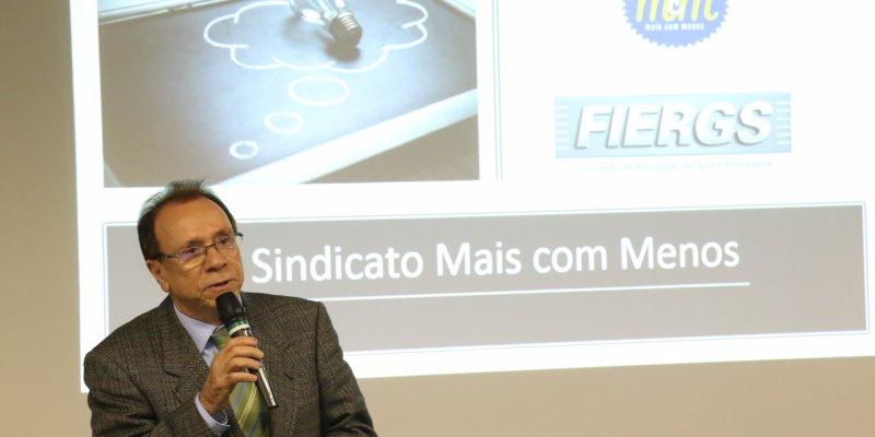 Gilberto Ribeiro fala no Mais com Menos